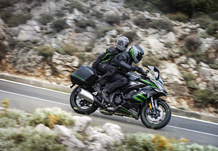 Mejores motos para viajar: Kawasaki Ninja 1000 SX