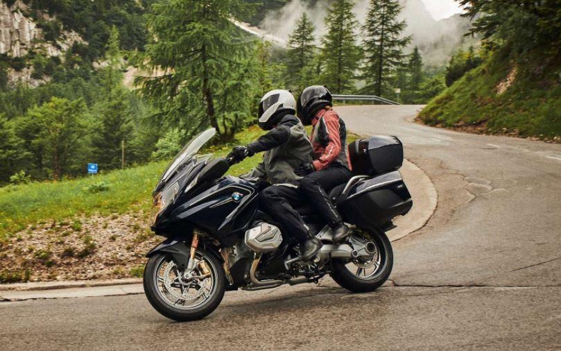 Mejores motos para viajar: BMW R 1250 RT