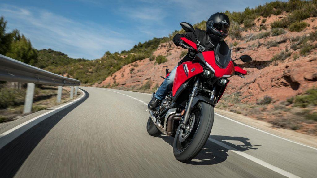 Mejores motos para viajar: Yamaha Tracer 7
